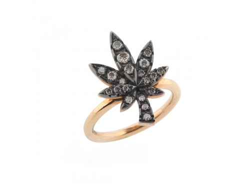 Marja ring with diamonds